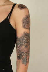 Thomas Hooper Acanthus Flower Sleeve Tattoo201002