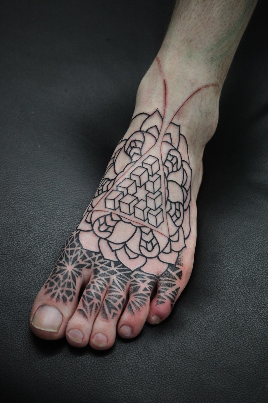 leaf Acanthus leaf tattoo