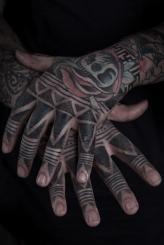 Tribal Hand Tattoo Thomas Hooper NYC May 16, 2010-002