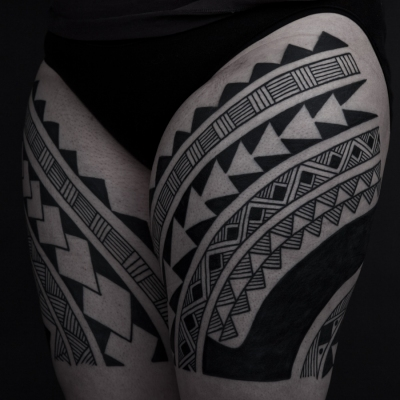 http://thomashooper.files.wordpress.com/2010/06/thomas-hooper-tribal-leg-tattoo-nyc-june-28-2010-007.jpg?w=400&h=400