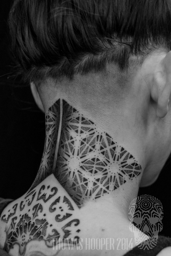 alex snelgrove borneo ornamental hexahedron cyrstal dotwork tattoo